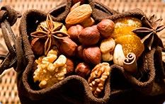 Орехи, сухофрукты, фруктово-ореховые смеси
